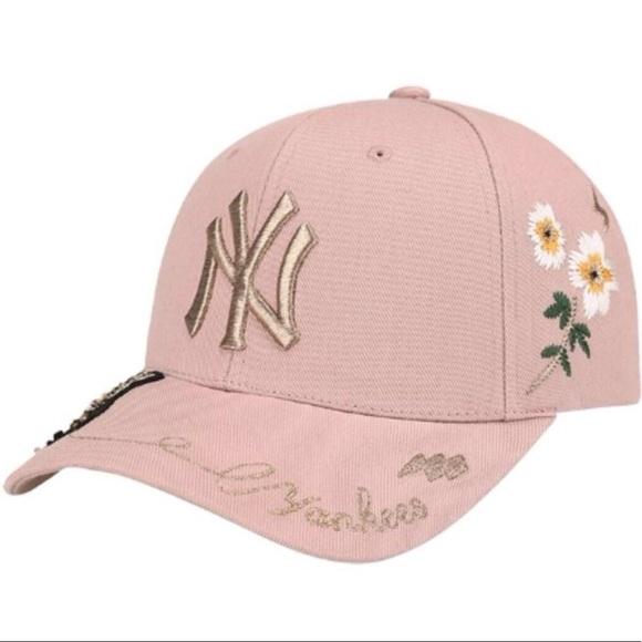 6d87332195c19 Official MLB Gold Bees Yankees Curve Cap